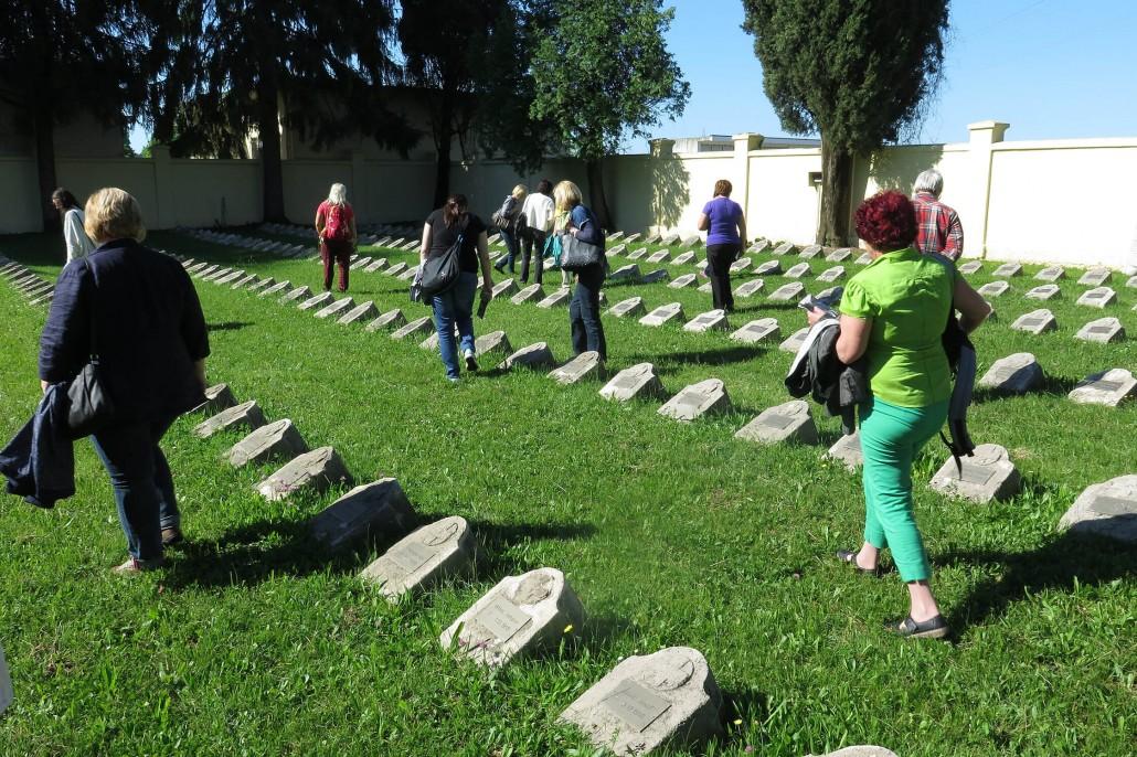 Avstro ogrsko pokopališče