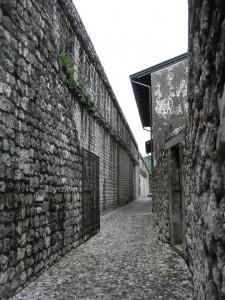 Ozke ulice v Pušji vasi