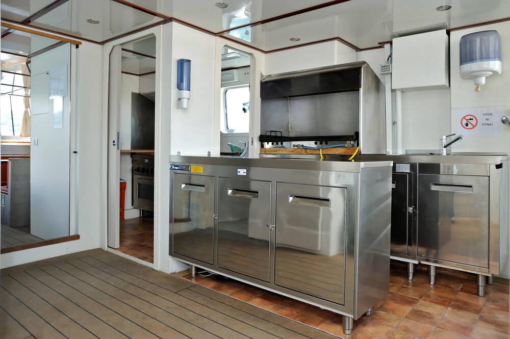 kapitanova-kuhinja
