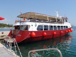 Izlet z ladjo na Goli otok
